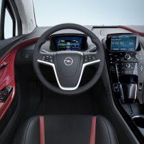 Фотография экоавто Opel Ampera Range Extender - фото 20
