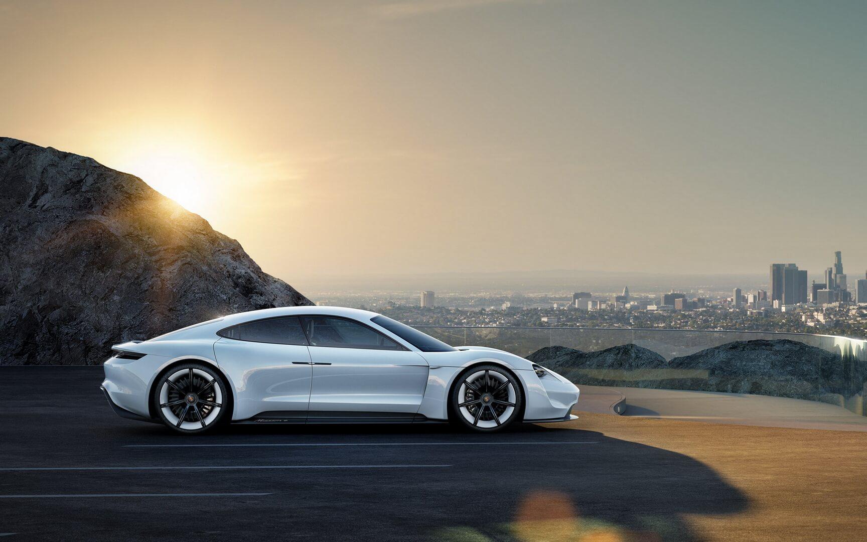 Электрокар Porsche Mission E— фото 4