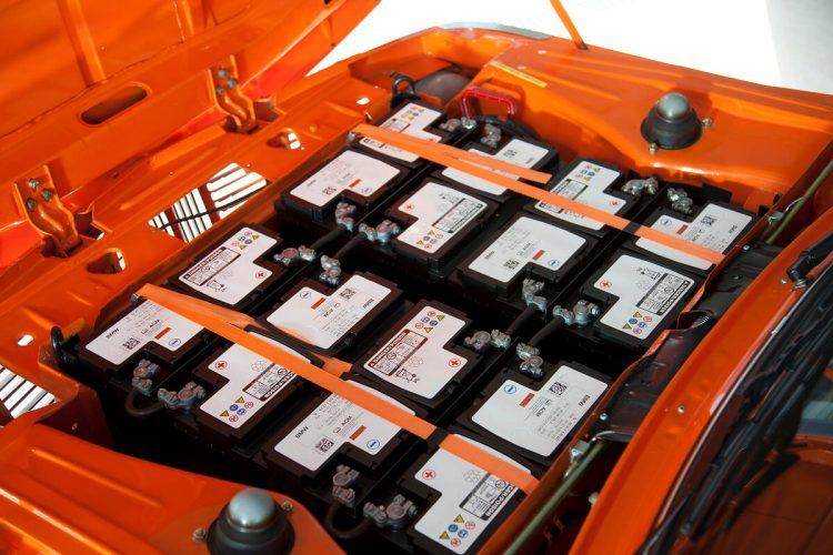 Кислотные аккумуляторы Varta электромобиля BMW 1602