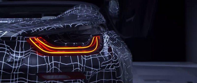 Плагин-гибридный спорткар BMW i8 Roadster — фото 3