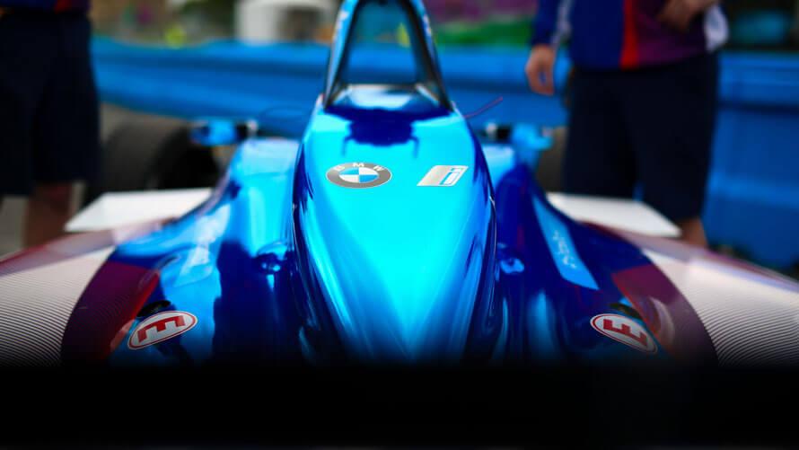 Гоночный электромобиль BMW для участия в Formula E