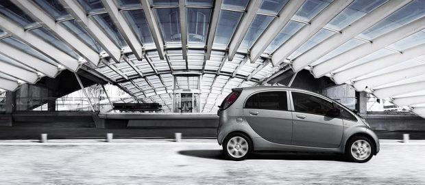 Электромобиль Peugeot iOn