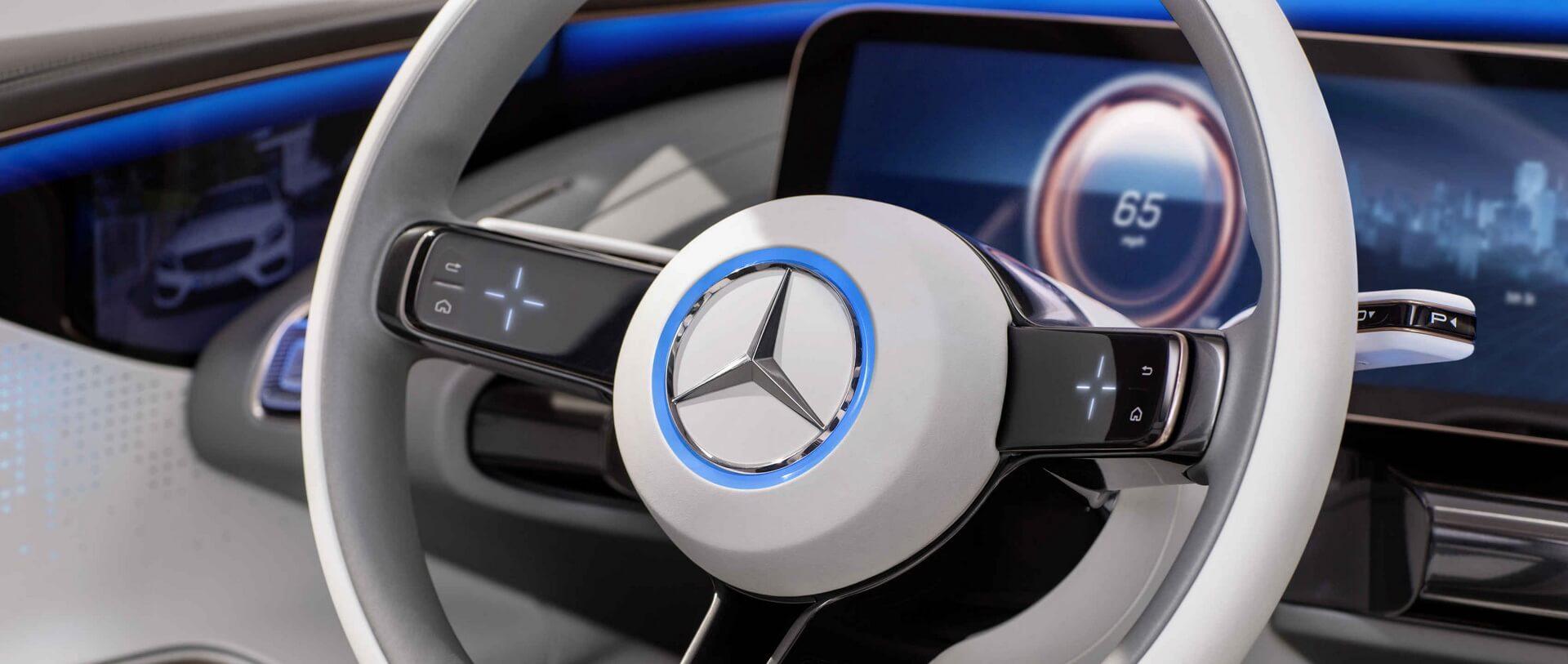 Сенсорные элементы управления на руле Concept EQ