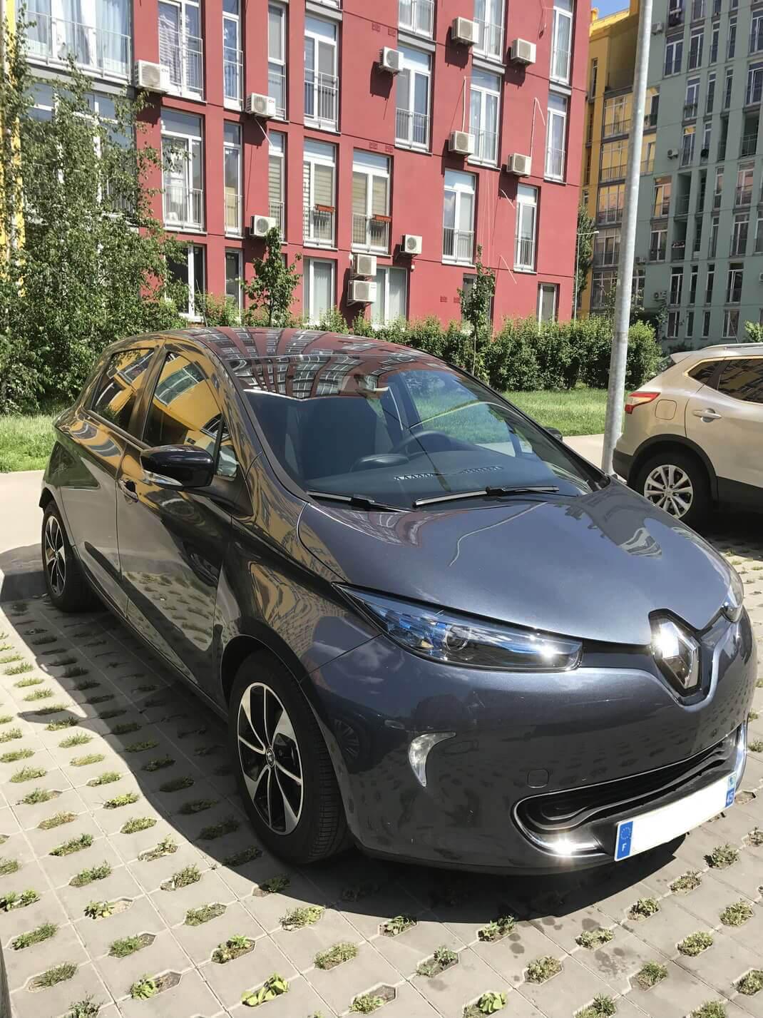 Электромобиль Renault Zoe Z.E. 40
