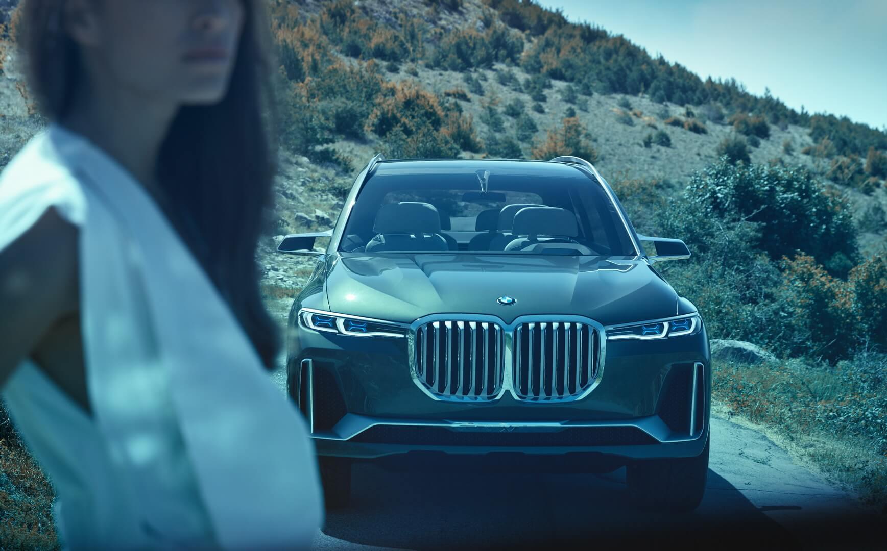 Передний бампер BMW Concept X7iPerformance