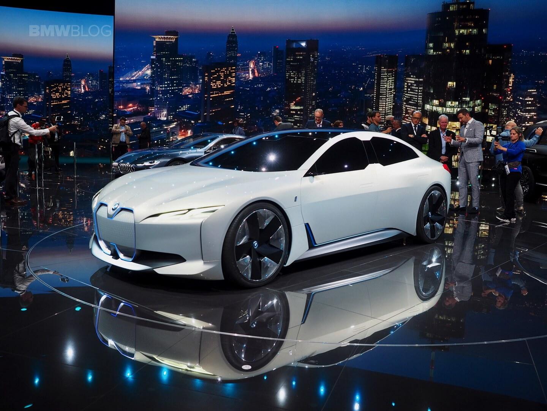 Концепт BMW iVision Dynamics
