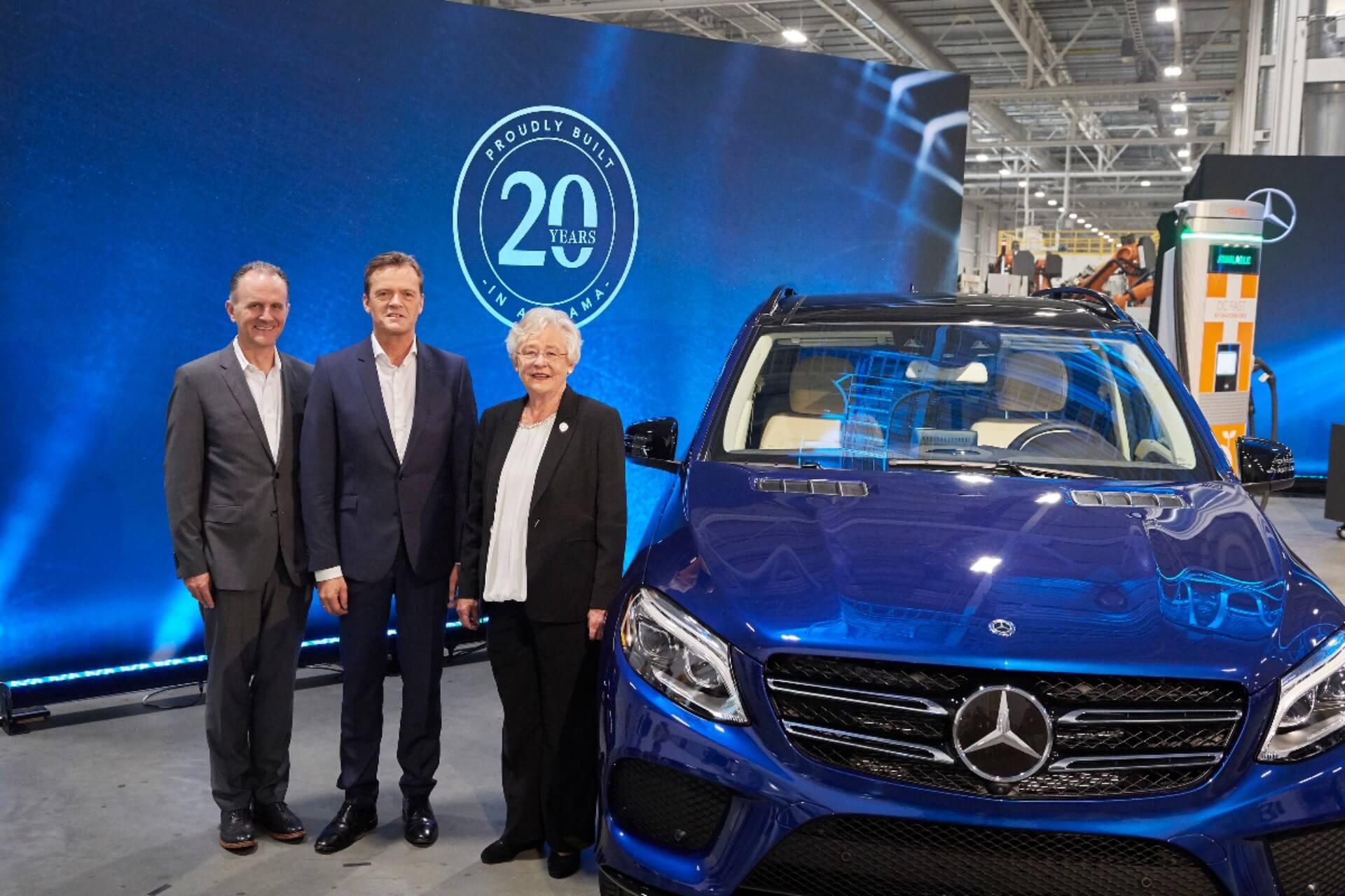 Главы компании Mercedes-Benz