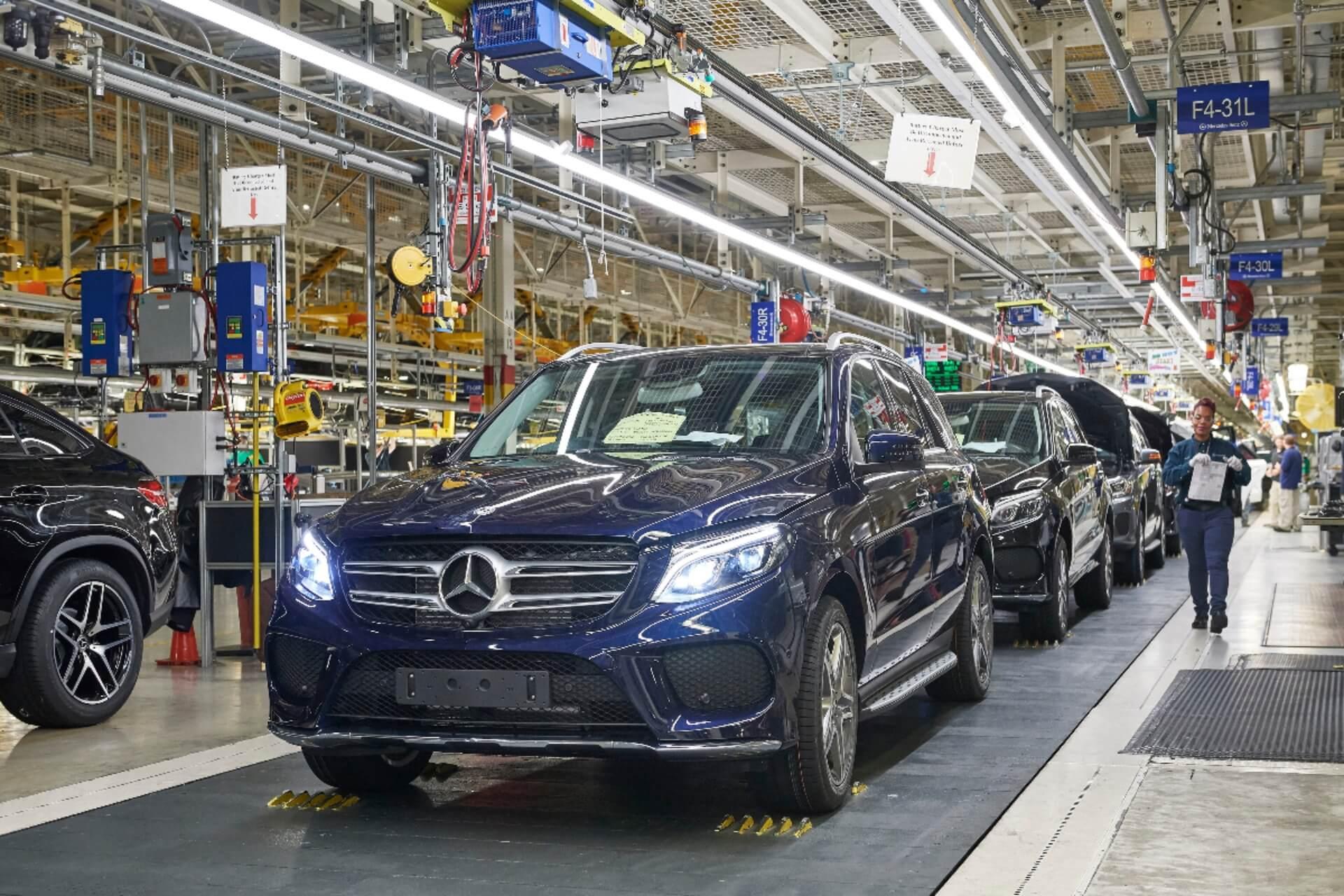 Производство автомобилей Mercedes-Benz на заводе вТускалузе