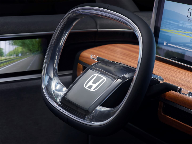 Рулевое колесо концепта Honda Urban EV