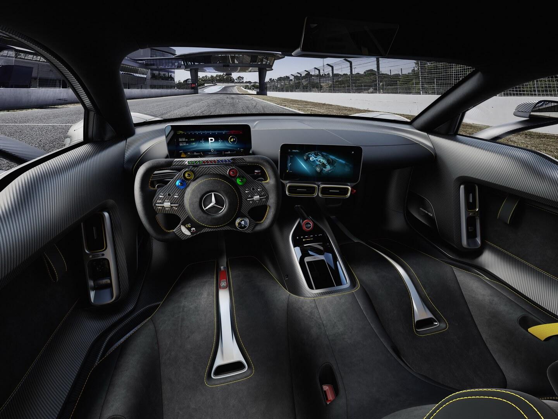 Интерьер Mercedes-AMG Project ONE