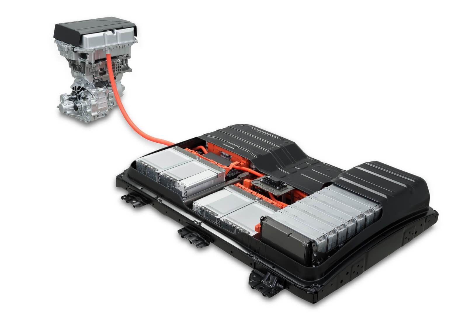 Аккумуляторная батарея с двигателем в Leaf 2018