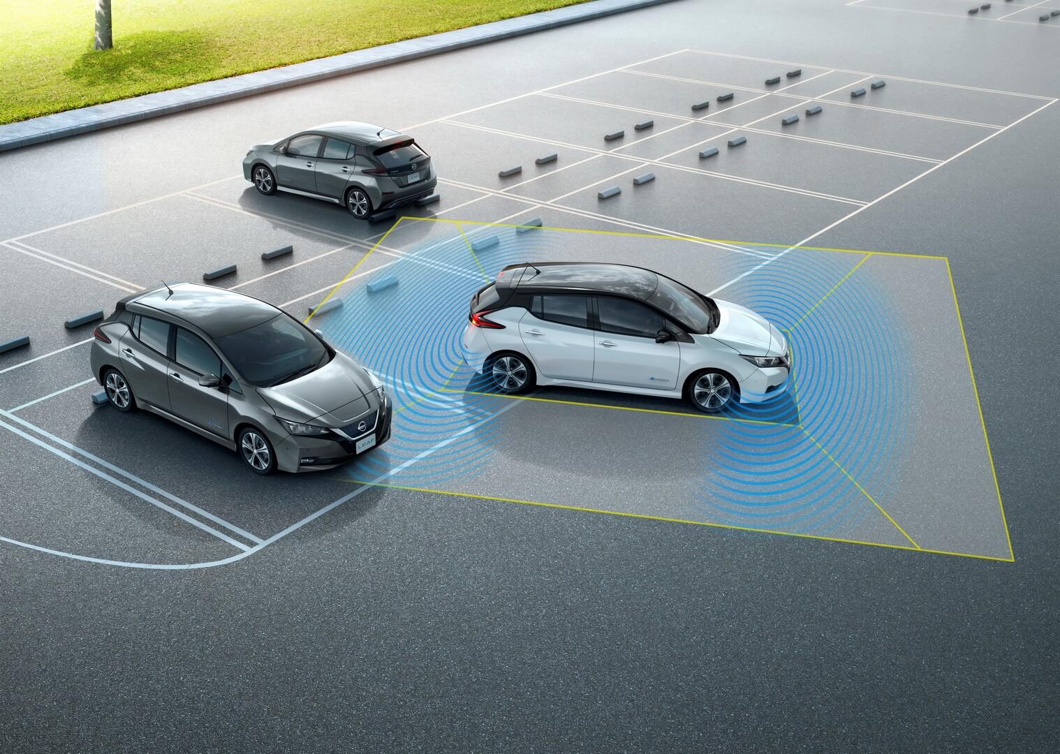 Технология интеллектуальной парковки Nissan Leaf ProPilot Assist