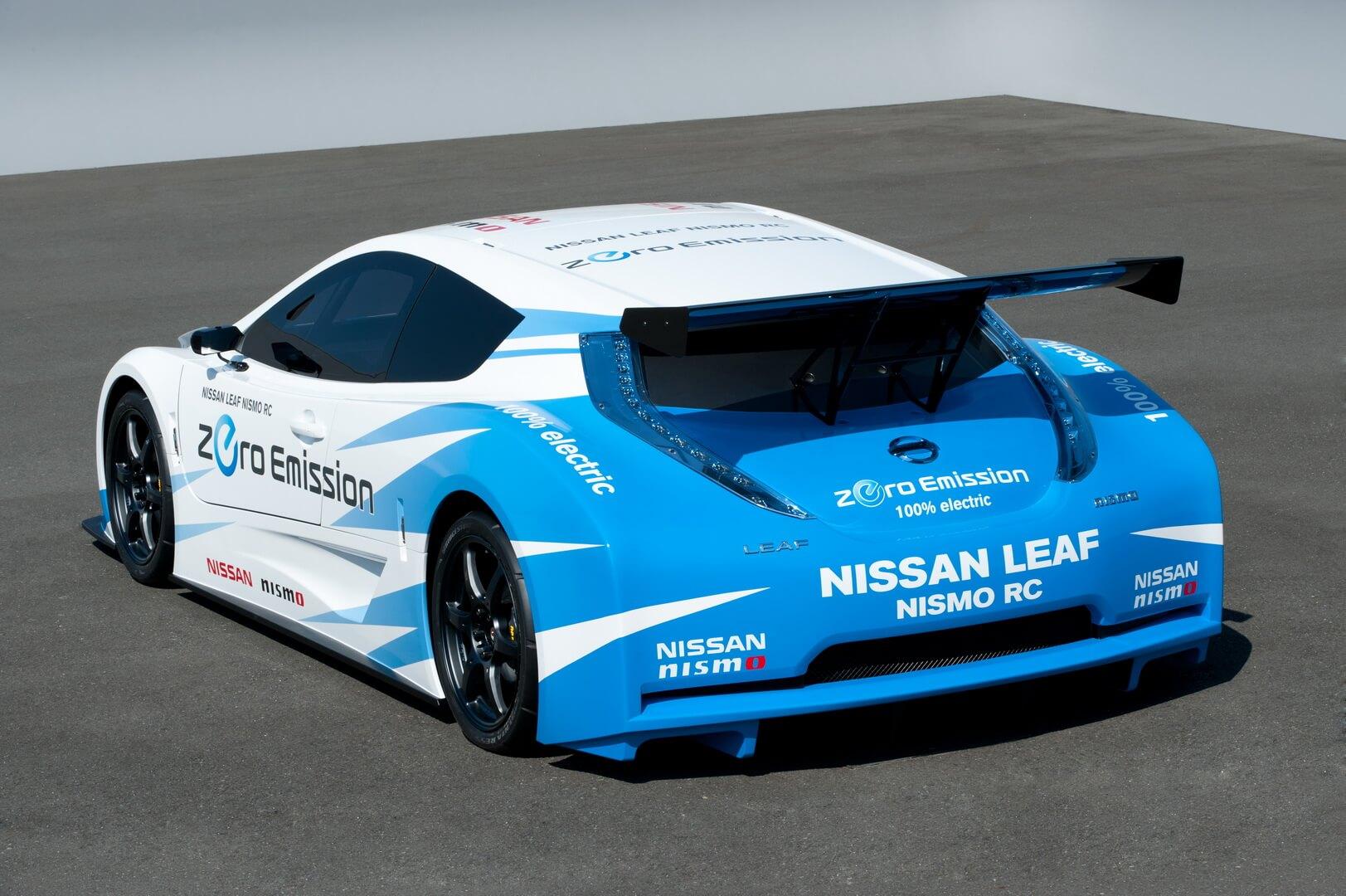 Гоночный Nissan LEAF NISMO RC