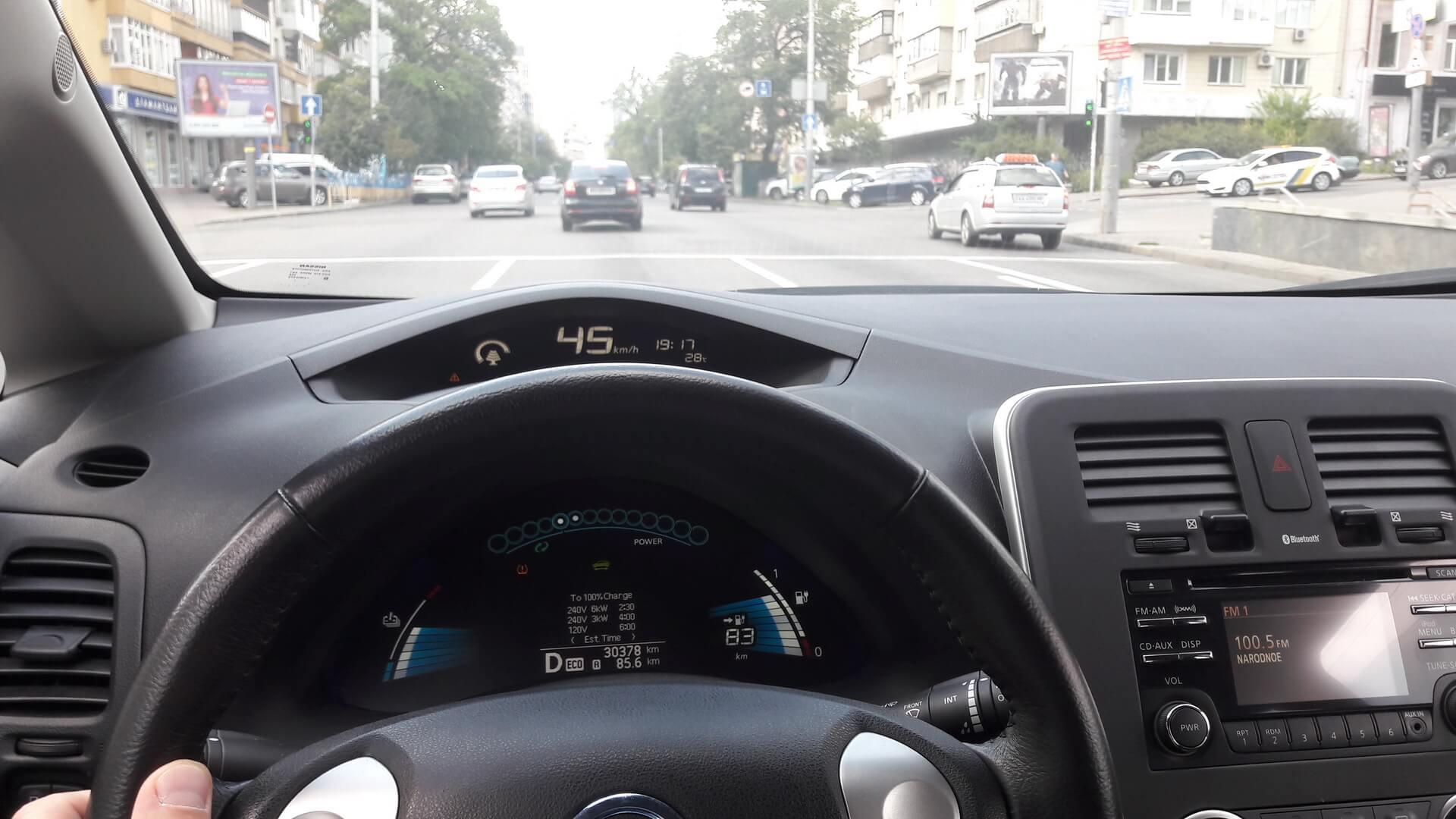Приборные панели Nissan Leaf