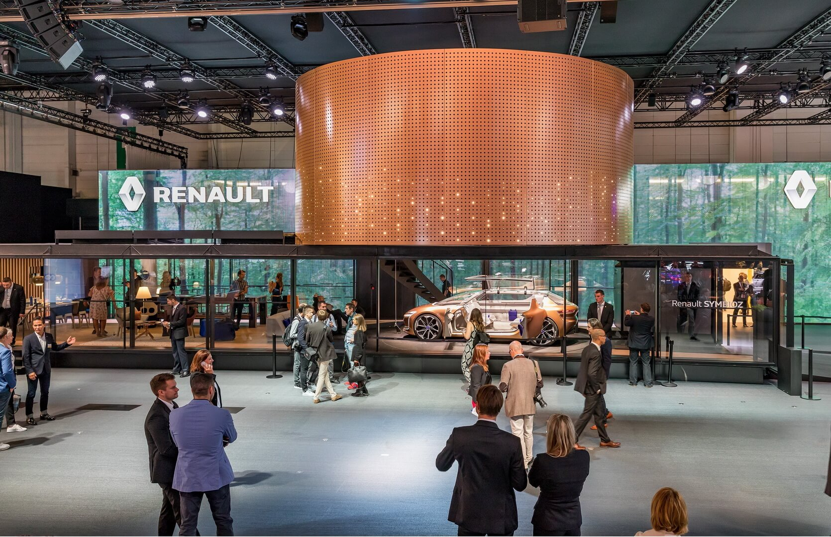 Renault Symbioz на Франкфуртском автосалоне 2017