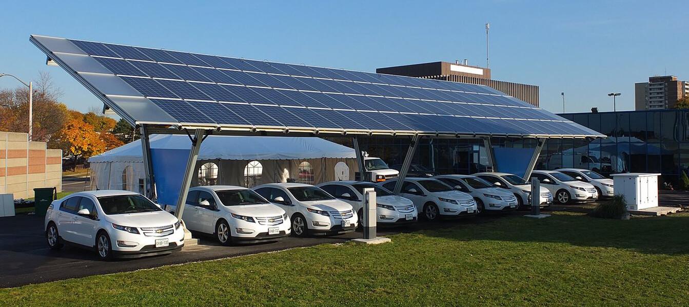 «Солнечная» зарядная станция для электромобилей