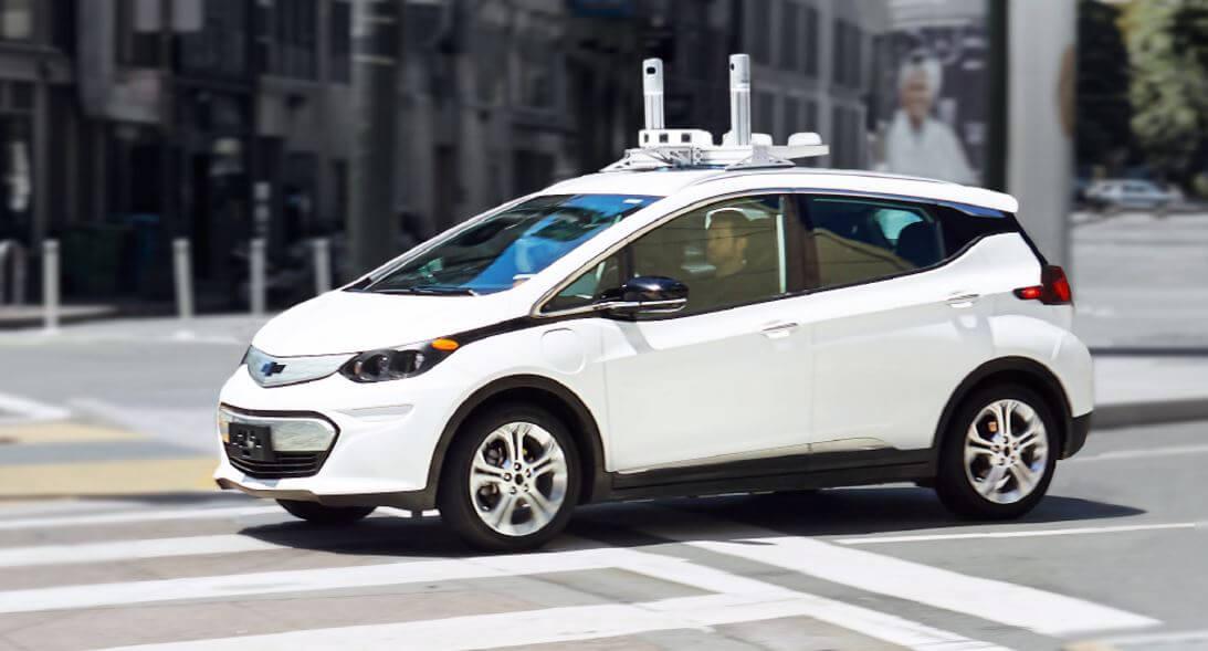 Полностью электрический автомобиль с автономным управлением Chevrolet Bolt EV