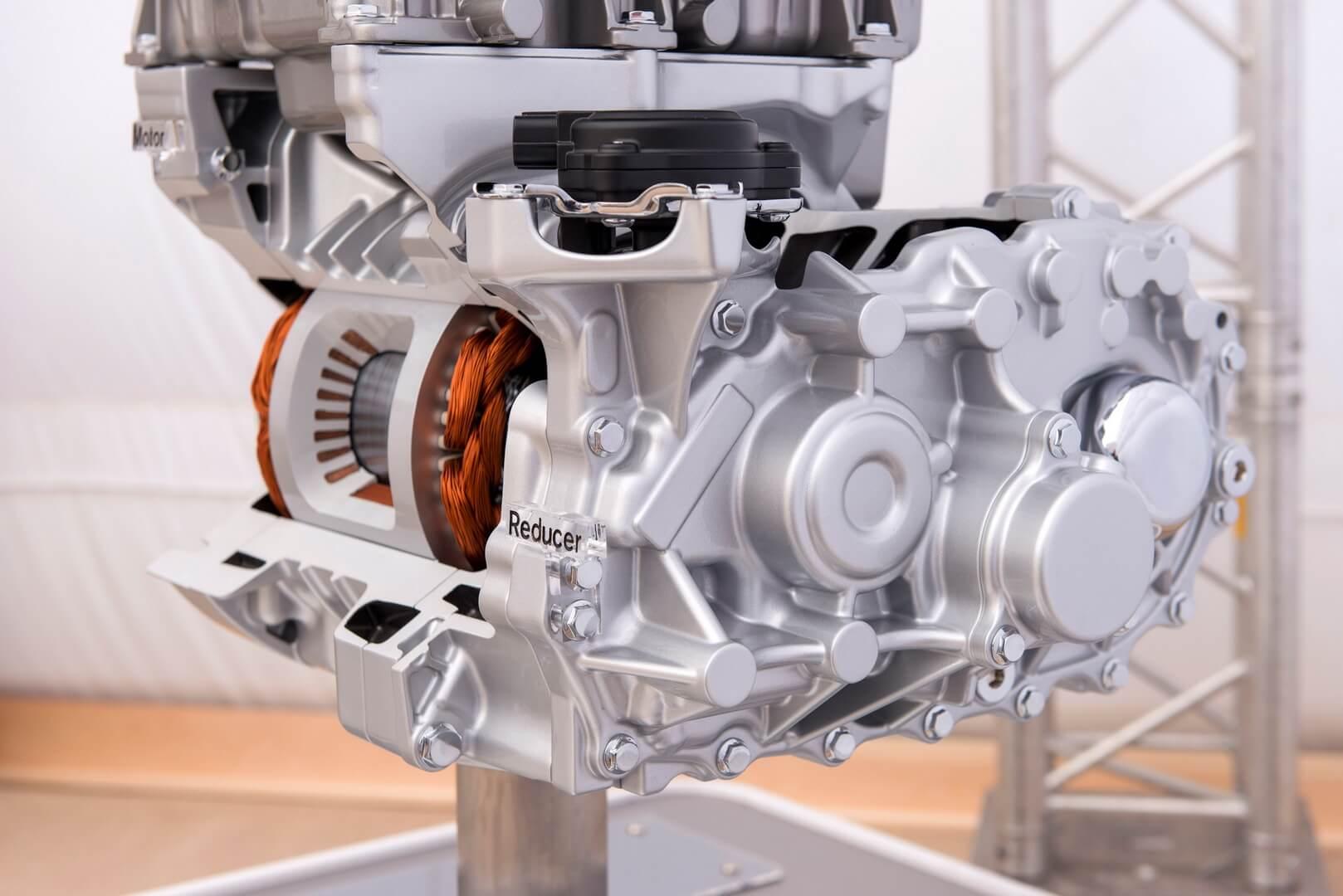 Электродвигатель Nissan Leaf
