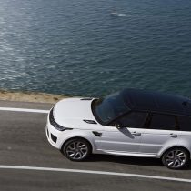 Фотография экоавто Range Rover Sport plug-in hybrid P400e - фото 4
