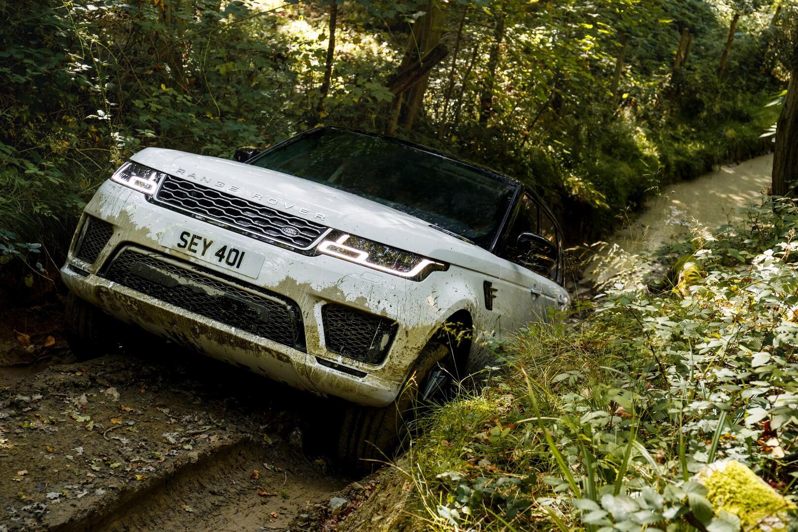Фотография экоавто Range Rover Sport plug-in hybrid P400e - фото 12