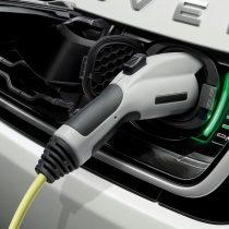 Фотография экоавто Range Rover Sport plug-in hybrid P400e - фото 10