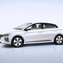 Фотография экоавто Hyundai Ioniq Plug-in Hybrid - фото 3