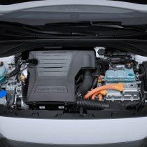Фотография экоавто Hyundai Ioniq Plug-in Hybrid - фото 13