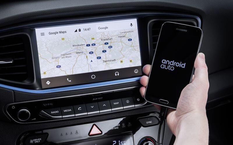 Синхронизация ПО IONIQ Hyundai Plug-in Hybrid со смартфоном