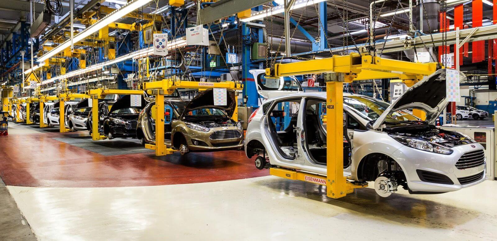 Производство автомобилей Ford