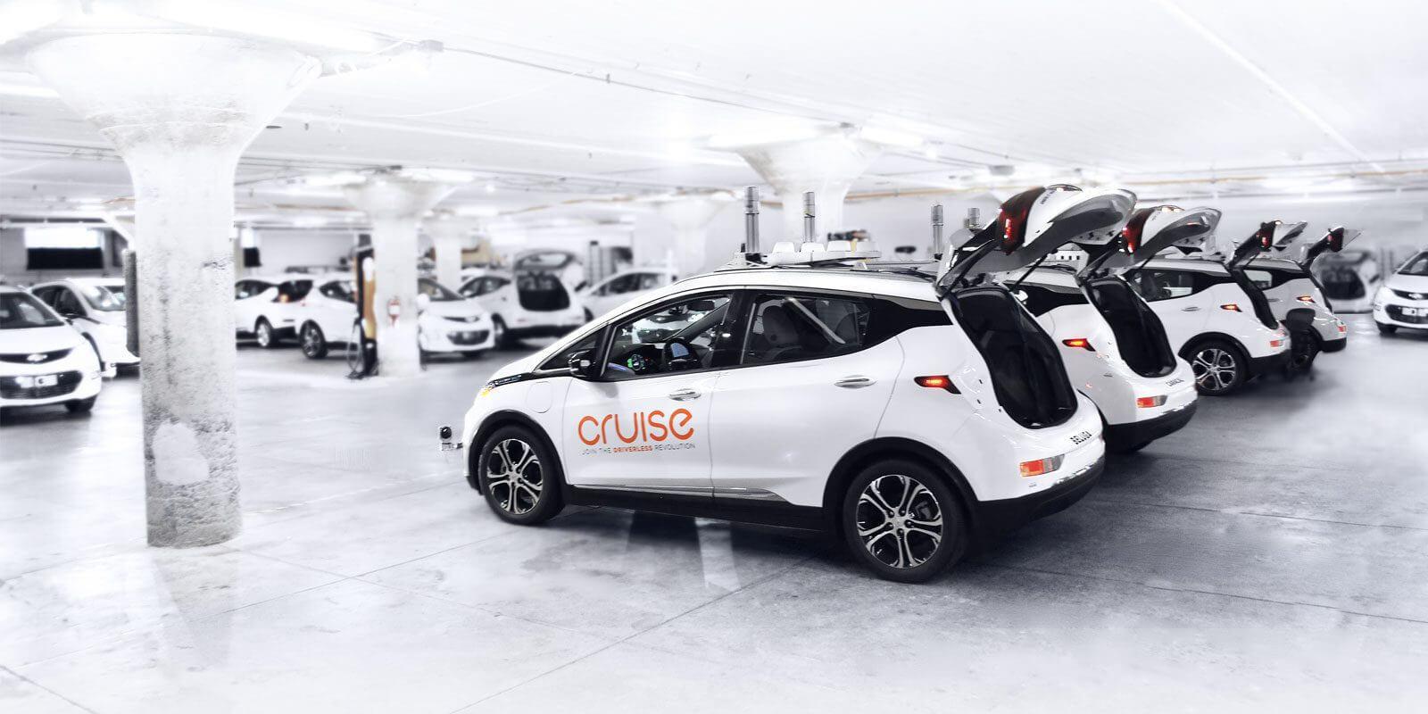Электромобили с автономным управлением GM Cruise