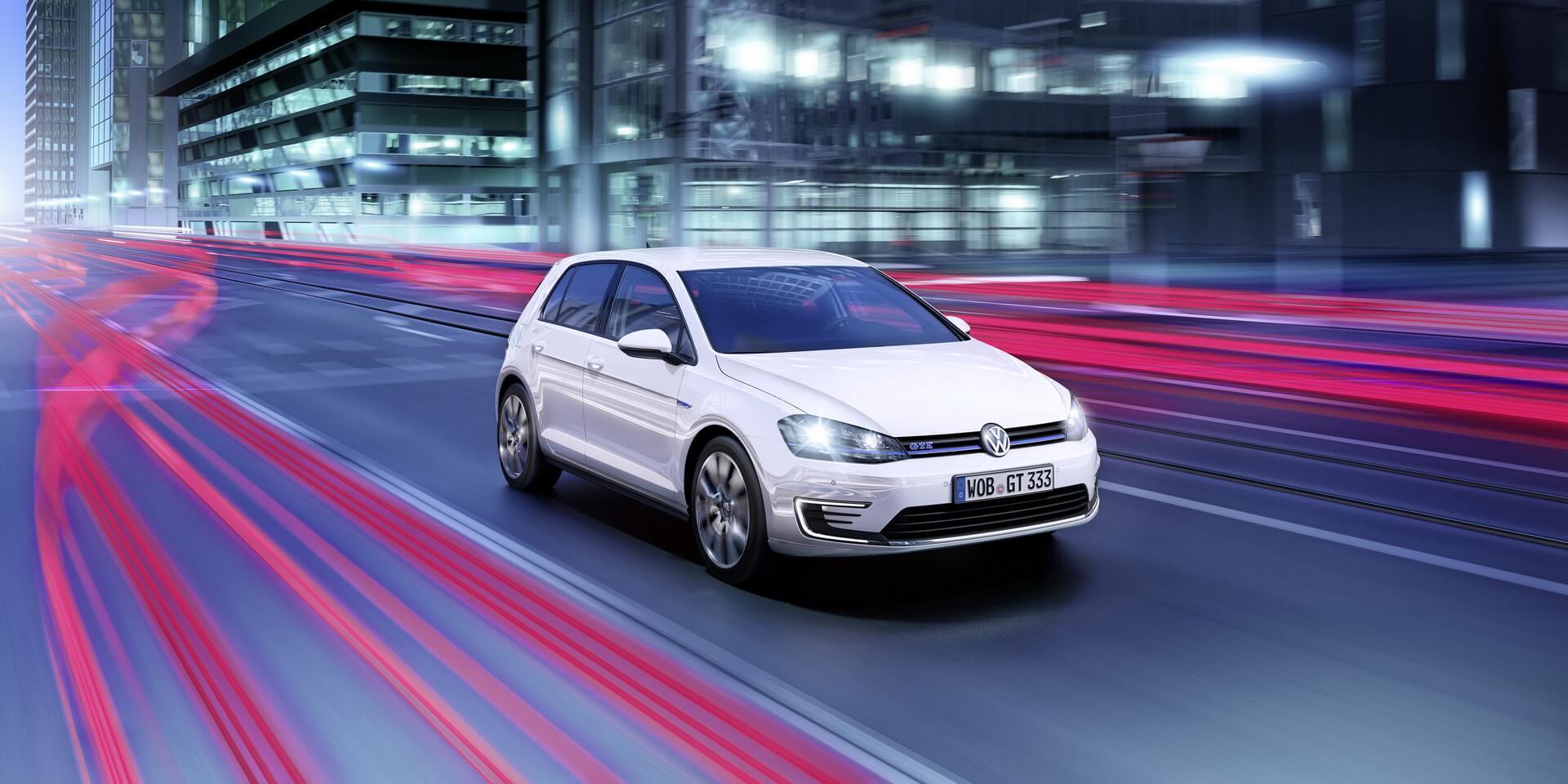 Фотография экоавто Volkswagen Golf GTE - фото 6