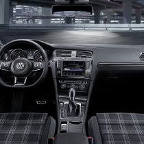Фотография экоавто Volkswagen Golf GTE - фото 10