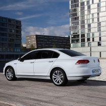 Фотография экоавто Volkswagen Passat GTE - фото 5