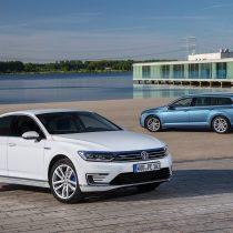 Фотография экоавто Volkswagen Passat GTE - фото 4