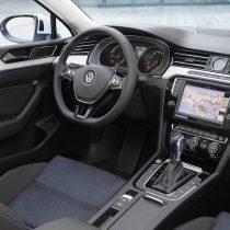 Фотография экоавто Volkswagen Passat GTE - фото 14