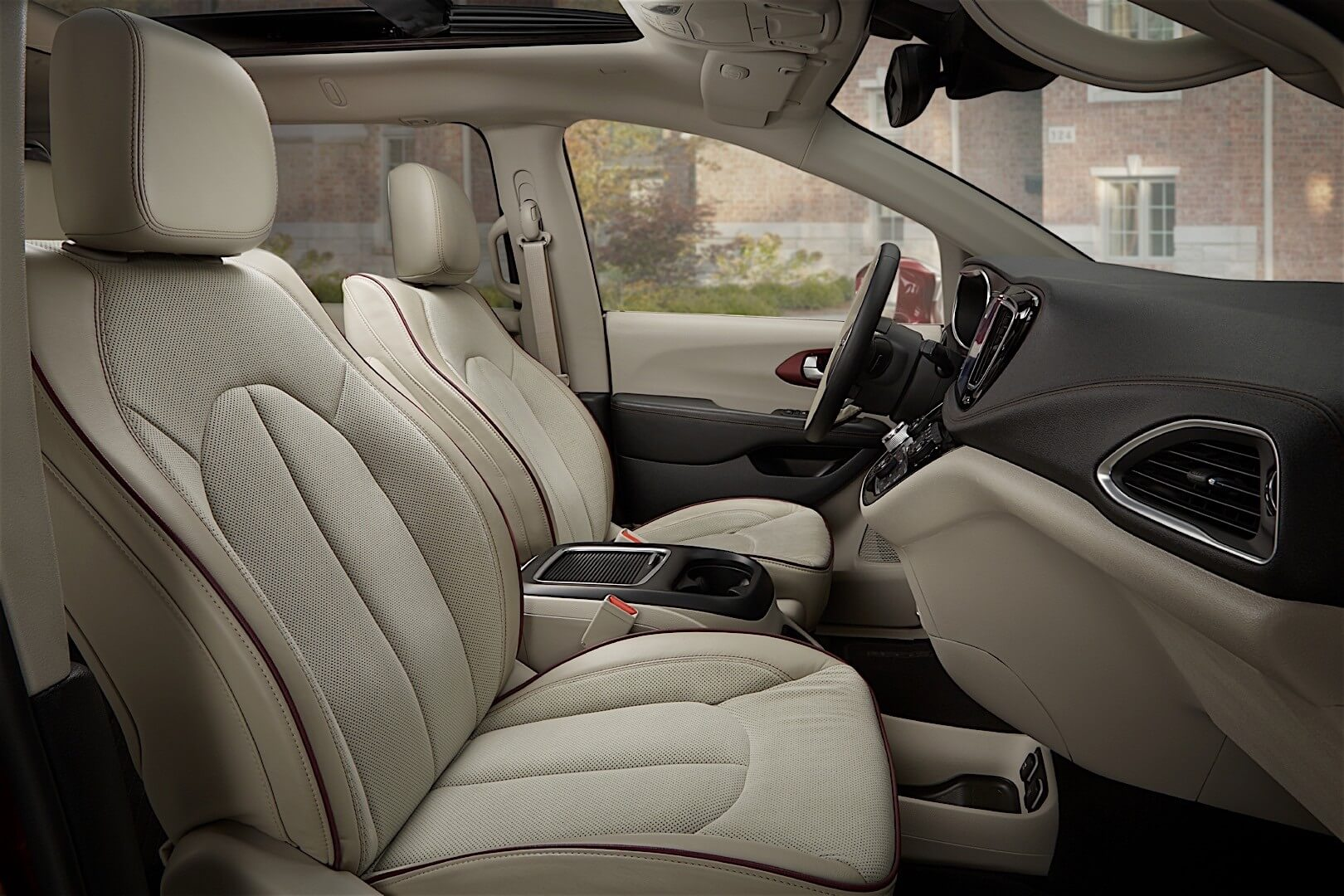 Фотография экоавто Chrysler Pacifica Hybrid - фото 15