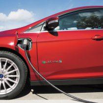 Фотография экоавто Ford Focus Electric 2017 - фото 8