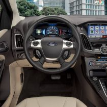 Фотография экоавто Ford Focus Electric 2017 - фото 18