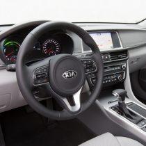 Фотография экоавто Kia Optima Plug-in Hybrid - фото 22