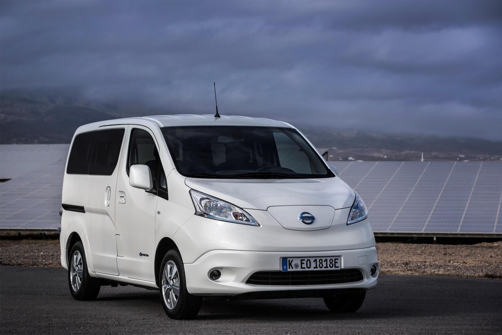 Электрический фургон Nissan e-NV200 второго поколения