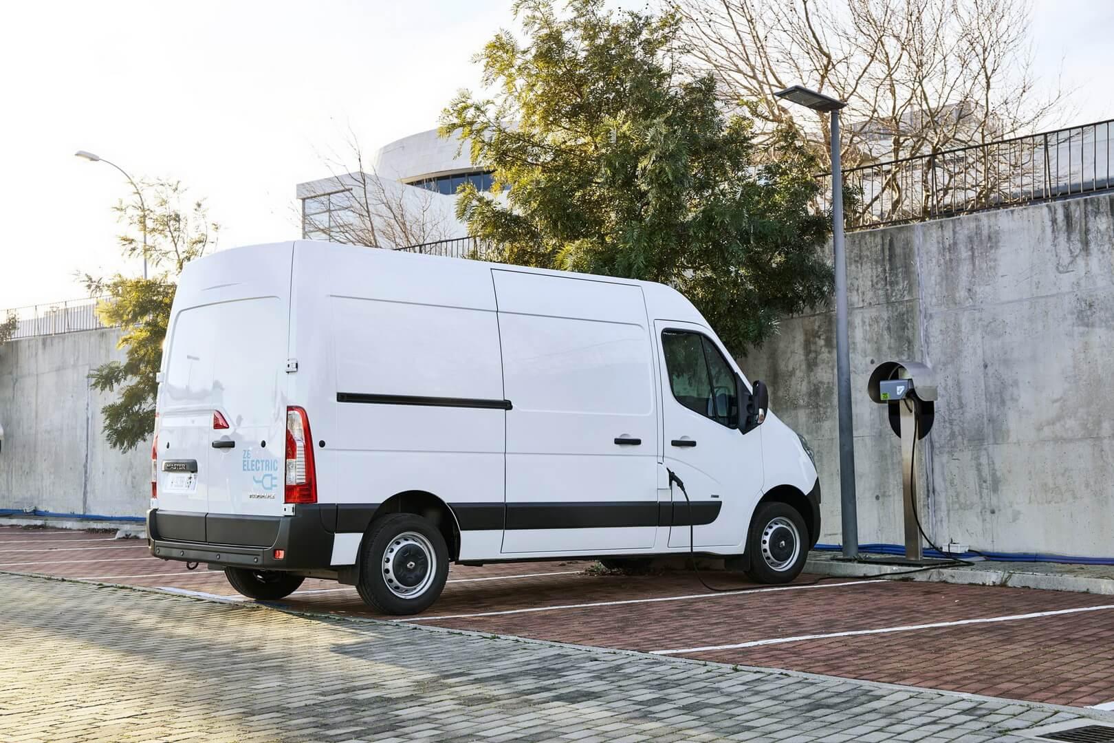 Фотография экоавто Renault Master Z.E. - фото 8