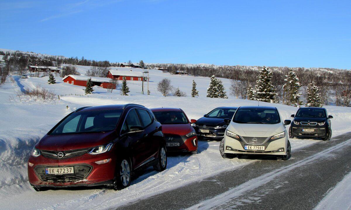 Зимний тест электромобилей: Nissan Leaf 2018, Volkswagen e-Golf, Hyundai Ioniq Electric, Opel Ampera-e и BMW i3 (94 Ач)
