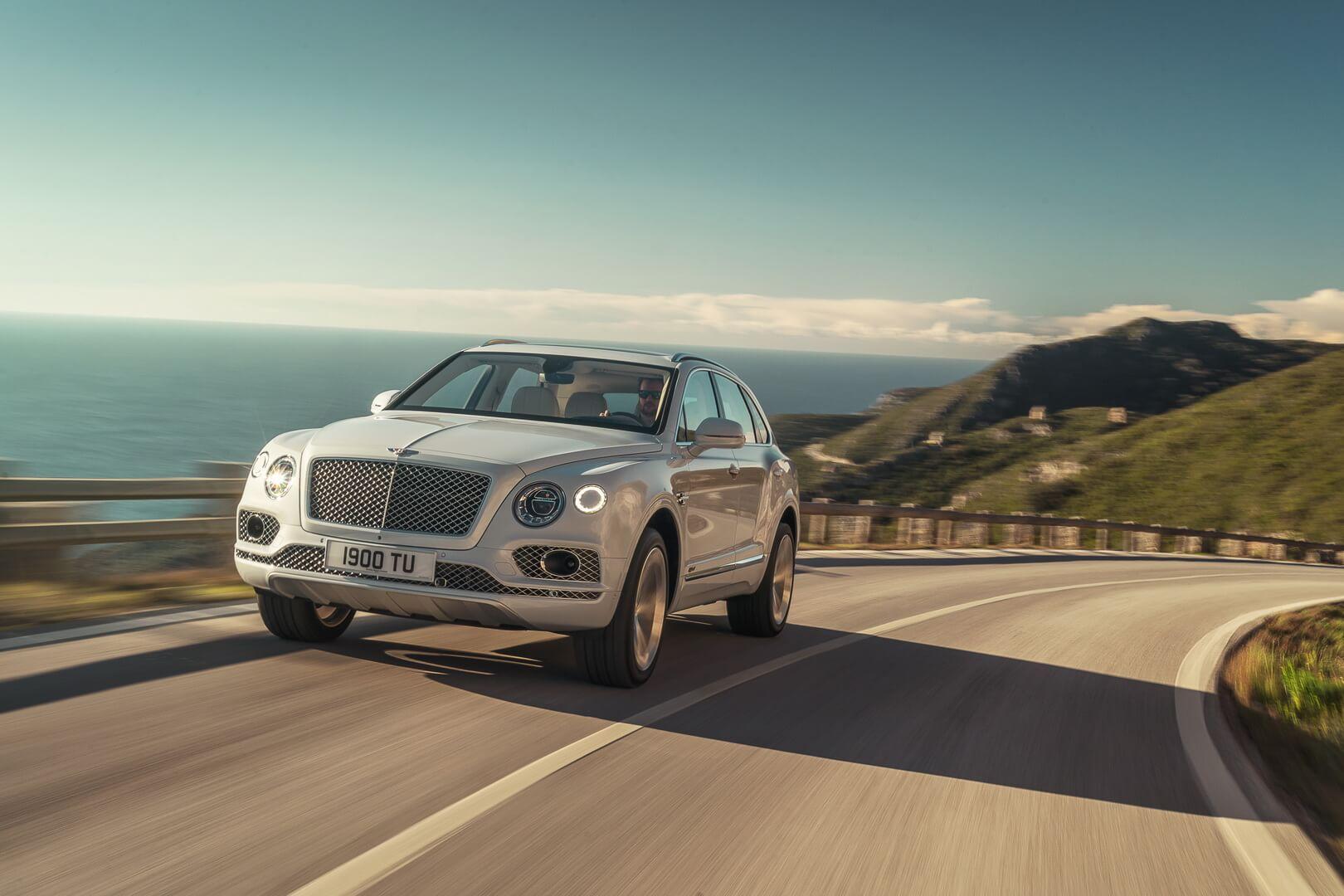 Фотография экоавто Bentley Bentayga Hybrid - фото 11