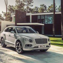 Фотография экоавто Bentley Bentayga Hybrid - фото 7