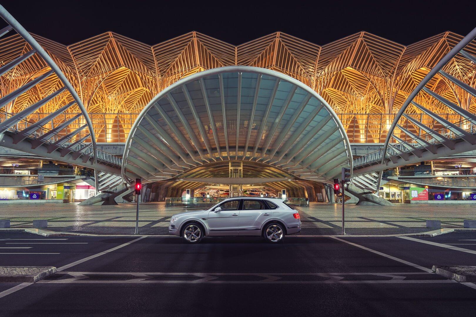 Фотография экоавто Bentley Bentayga Hybrid - фото 2
