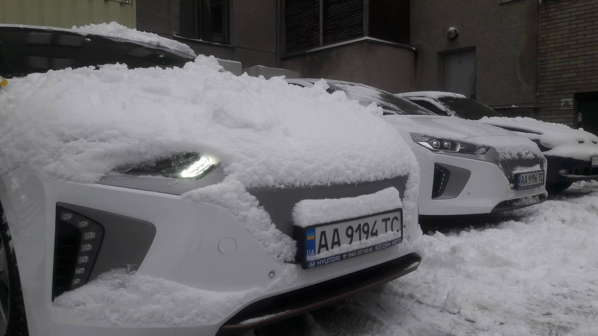 Электромобили Hyundai Ioniq эксплуатируемые компанией ДТЭК