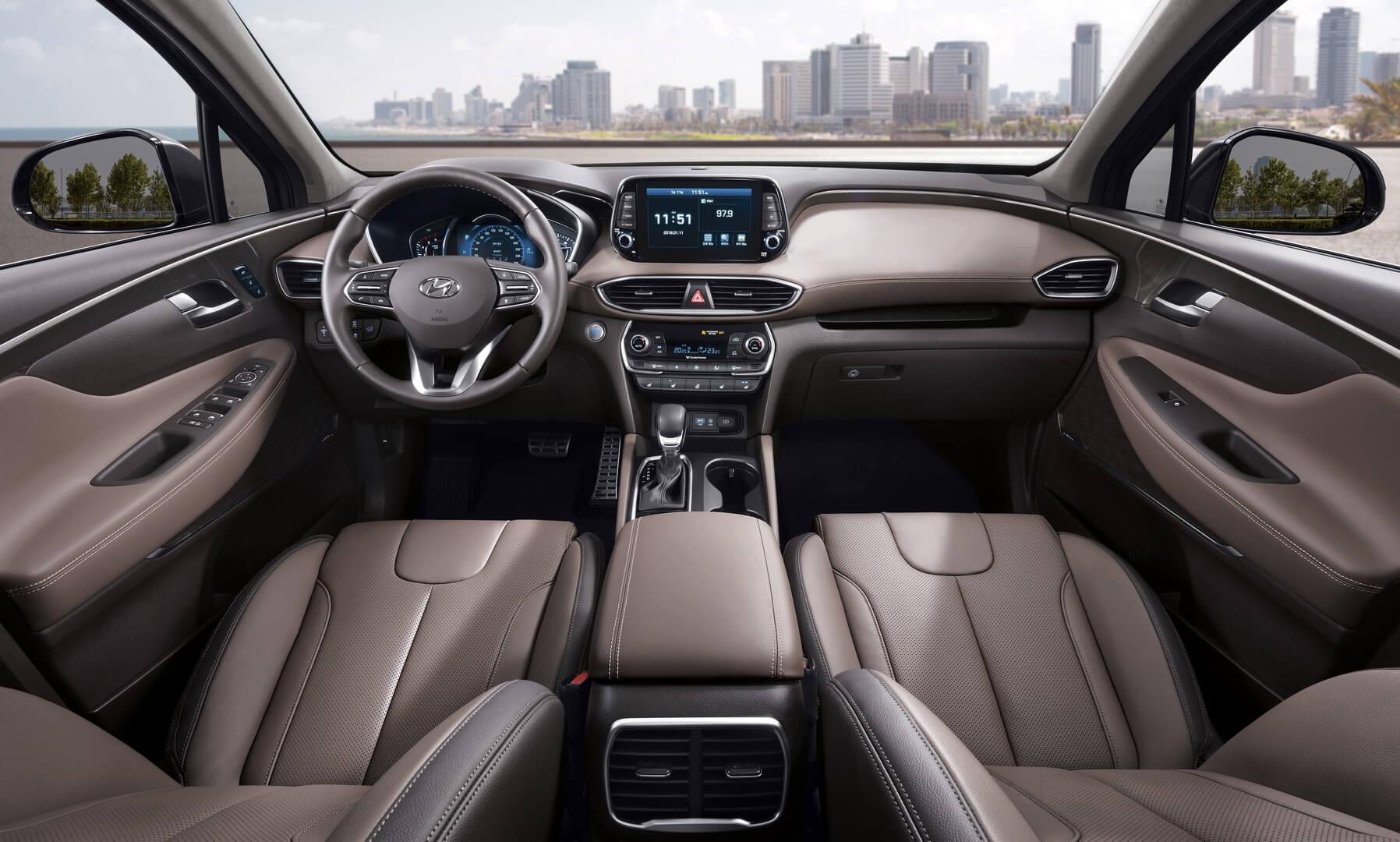 Салон Hyundai Santa Fe 2019