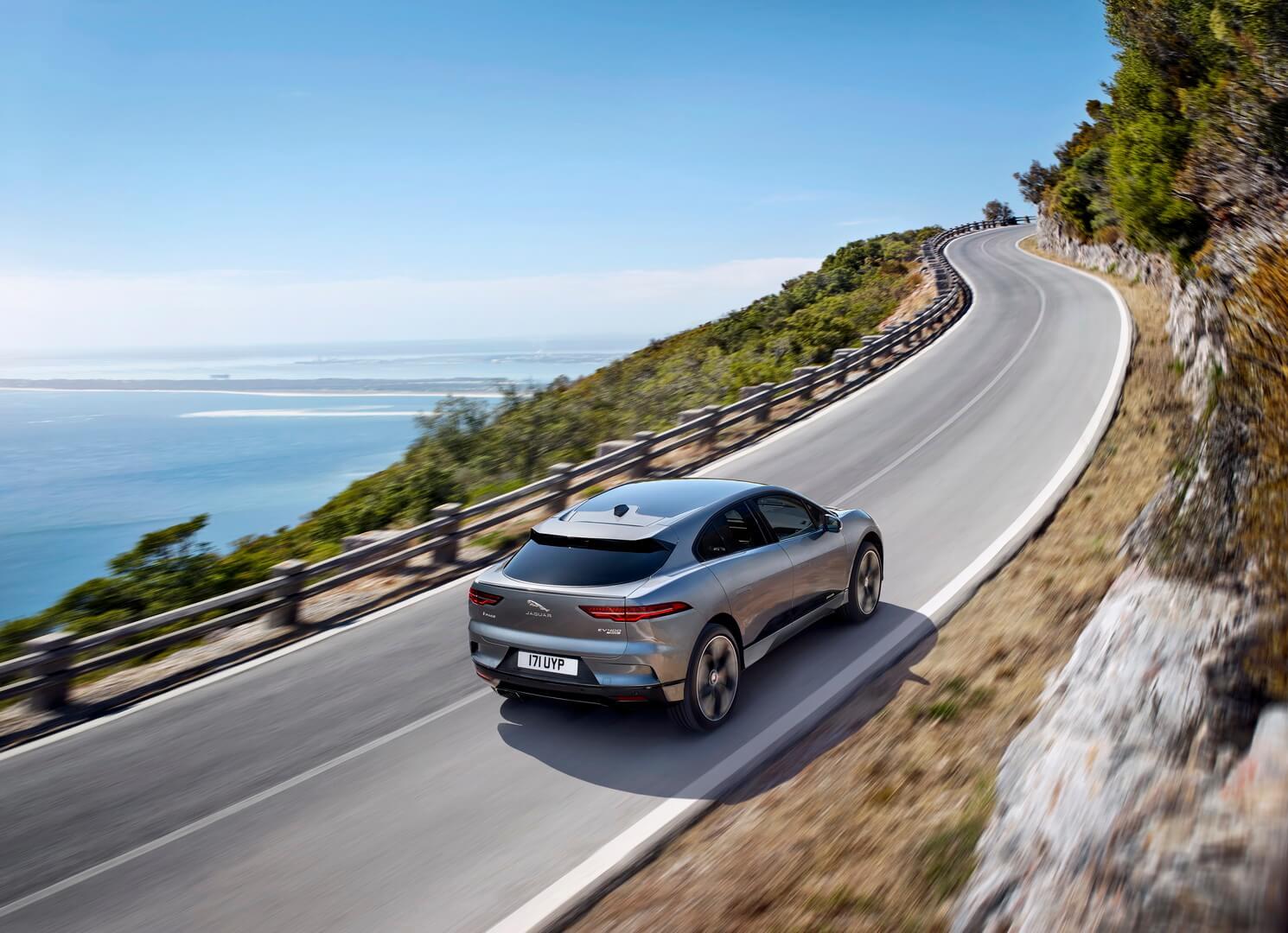 Фотография экоавто Jaguar I-Pace - фото 21