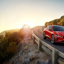 Фотография экоавто Jaguar I-Pace - фото 18