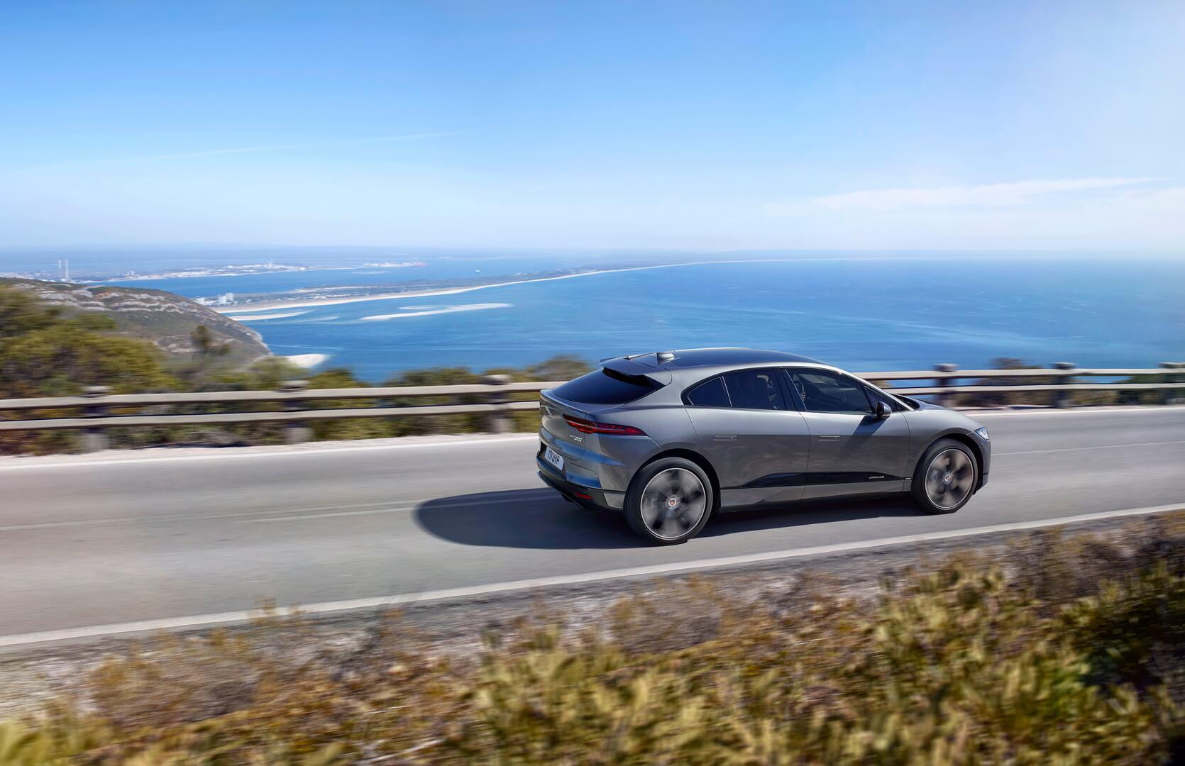 Фотография экоавто Jaguar I-Pace - фото 16